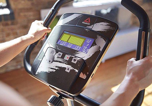 Màn hình xe đạp Reebok ZJET 460 RVJF-12501SVBT