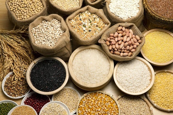 ngũ cốc giúp vòng một phát triển