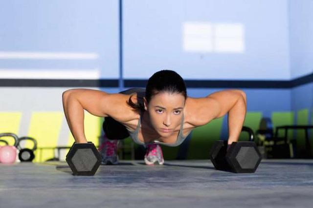 Cẩm nang tập Gym cho người mới bắt đầu chia sẻ từ HLV Gym