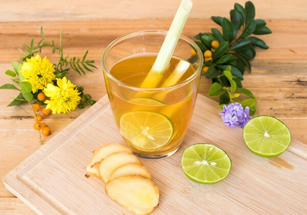 Nước gừng, chanh, sả, mật ong hỗ trợ giảm mỡ toàn thân.
