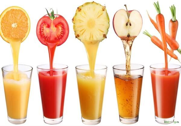 Nước ép trái cây cũng không được khuyến khích sử dụng cho người ăn kiêng giảm cân.
