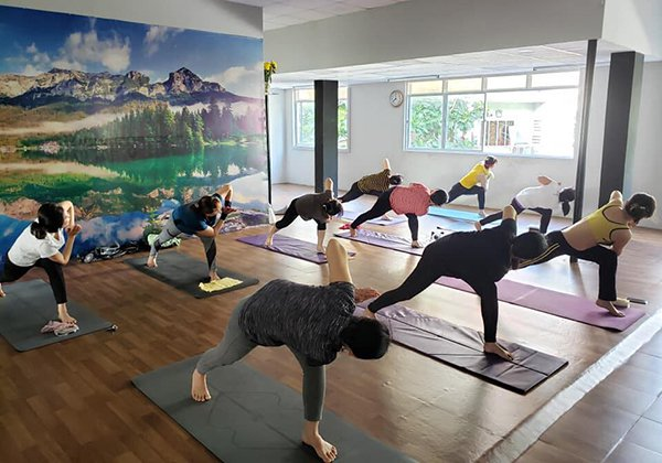 Power Gym Fitness and Yoga quận 6