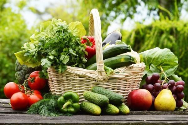 rau củ giúp vòng 1 nở nang