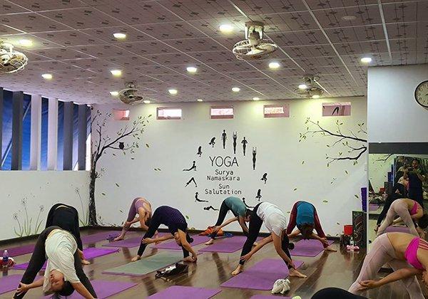 Shine Yoga quận 10