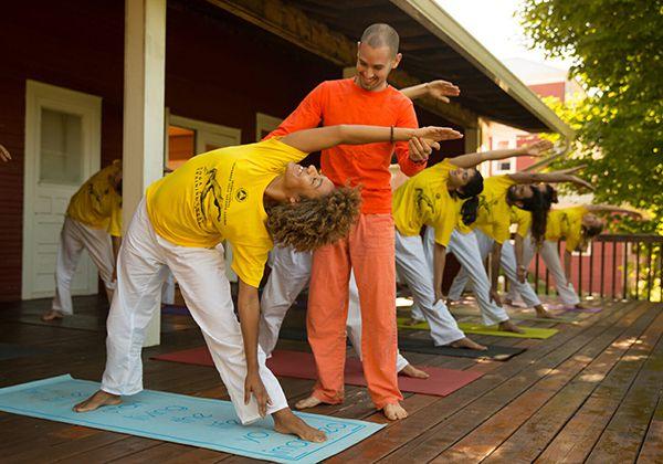 Sivananda Yoga giúp giảm stress