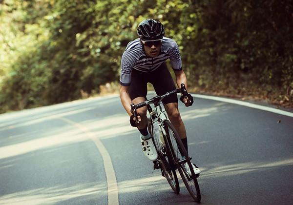 Tăng cường độ đạp xe