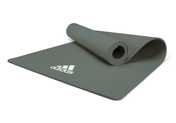 Thảm Adidas ADYG-10100RG