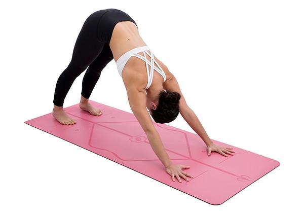 Thảm Yoga định tuyến là gì? Cách dùng chuẩn cho người mới?