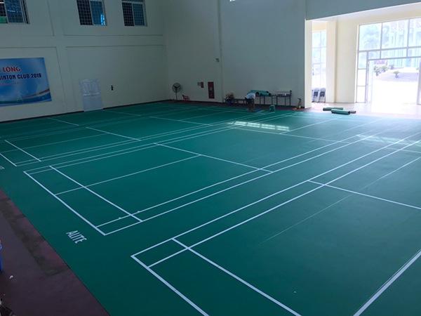 Thi công sân cầu lông tại NVH Thanh Xuân 1