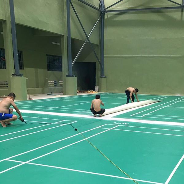 Thi công sân cầu lông tại Trường ĐH Thể dục thể thao Bắc Ninh 2