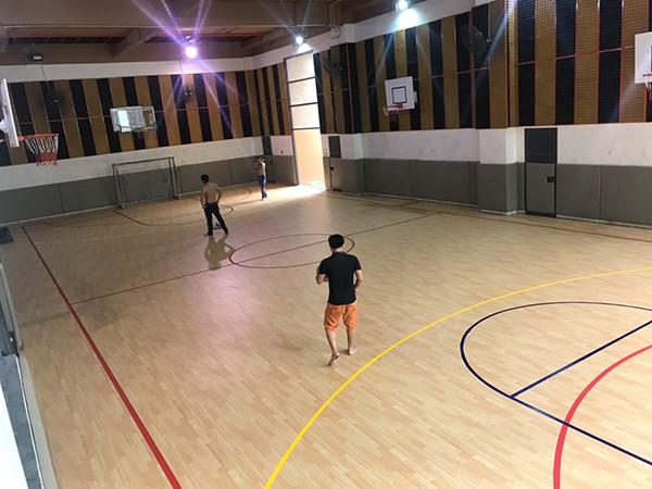 Thi công sàn thể thao tại Trường Marie Curie 2