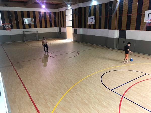 Thi công sàn thể thao tại Trường Marie Curie