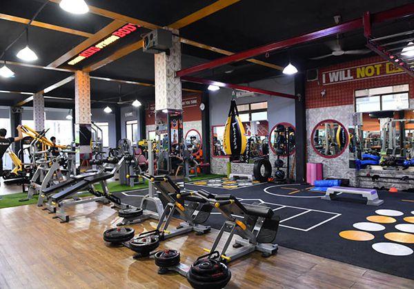 Titan Gym - Bình Phú quận 6