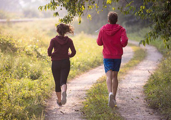 Tốc độ chạy bộ trung bình là bao nhiêu? Cần lưu ý gì khi chạy?