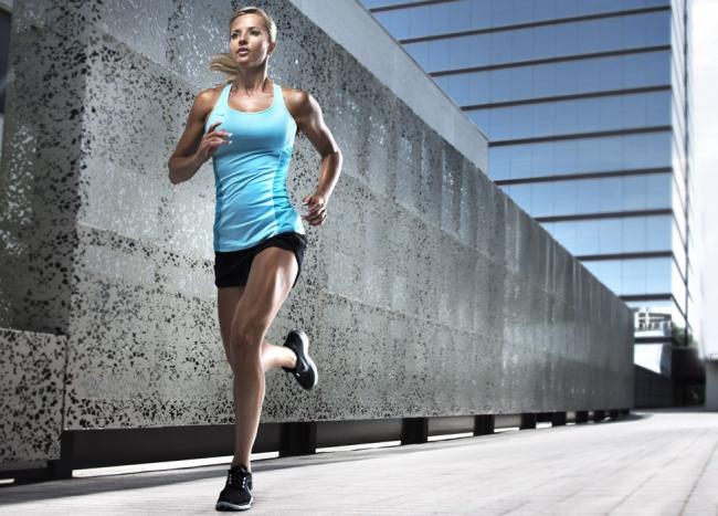 tập luyện cường độ thích hợp để tránh chuột rút