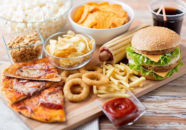 Tránh xa thực phẩm gây béo bụng