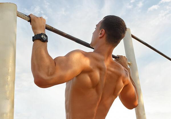 Treo xà giúp kéo giãn cơ, tăng chiều cao