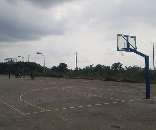 Trụ bóng rổ kính cường lực