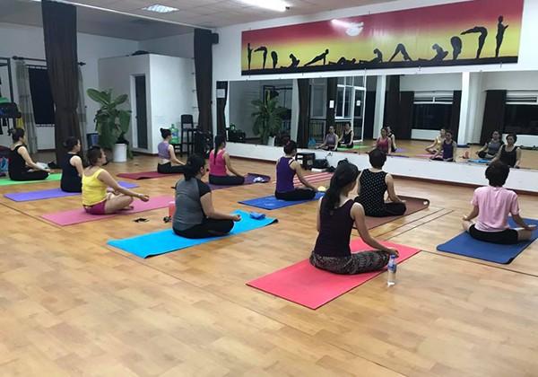 Trung tâm Yoga LeVas