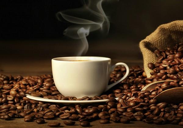 Uống cà phê có giảm cân không? Cần lưu ý gì khi dùng cà phê?