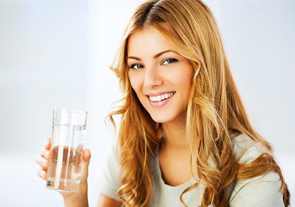Uống nhiều nước giúp tăng cân