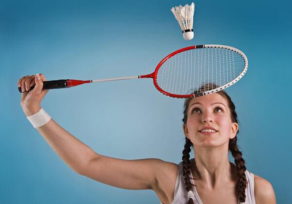 Cần chọn vợt có độ dẻo phù hợp cho từng mục đích