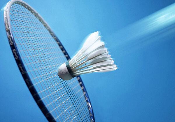 Cần chọn vợt cầu lông có độ căng phù hợp