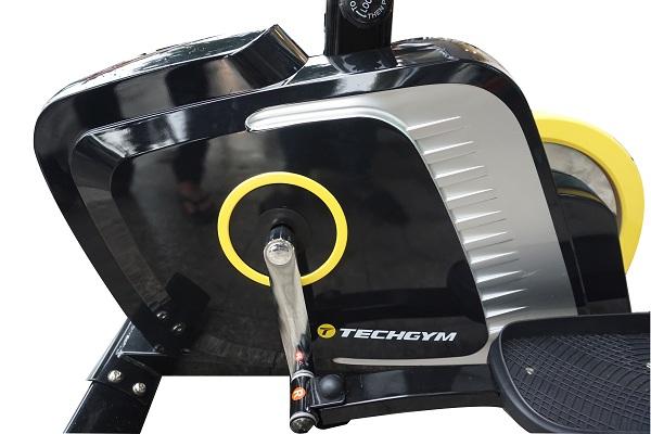 xe đạp thể dục Techgym