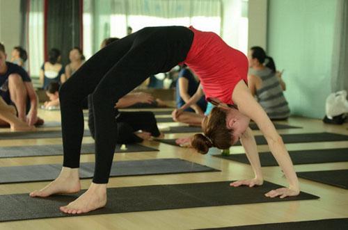 Các bài tập Yoga giảm cân tại nhà cho nam nữ hiệu quả tốt nhất