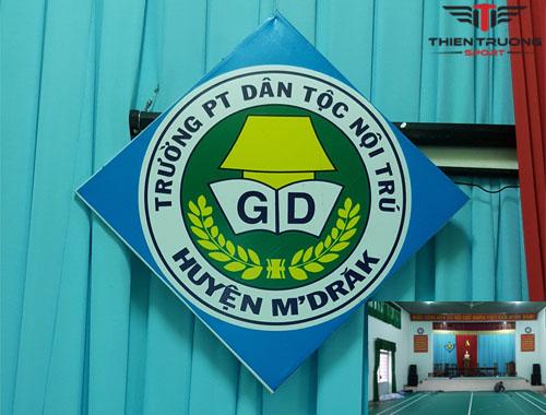 Thi công sân cầu lông tại Trường PTDT Nội trú huyện MDrăk !