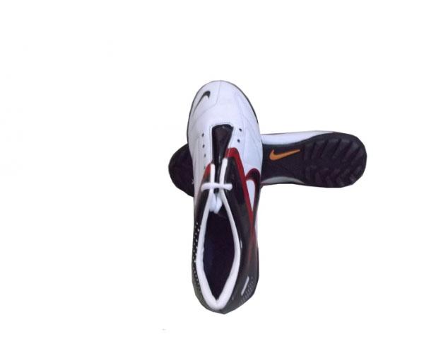 Giày đinh bóng đá Sài Gòn số 1 giá rẻ nhất ở Thiên Trường Sport