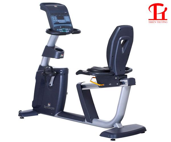 Xe đạp tập Impulse Pro có tựa RR700 dùng cho phòng tập Gym