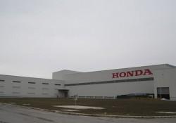 Làm sân cầu lông tại công ty Honda Việt Nam chi nhánh Hà Nam