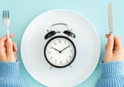 Intermittent Fasting là gì? Áp dụng chế độ ăn IF cần biết điều này