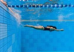 Nên học bơi kiểu nào trước cho người mới bắt đầu tập luyện?