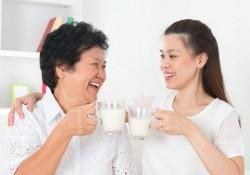 Nên uống sữa khi nào là tốt nhất? Cần lưu ý gì khi uống sữa?