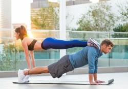 Yoga đôi là gì? Lợi ích và cách tập luyện Yoga đôi đúng cách !